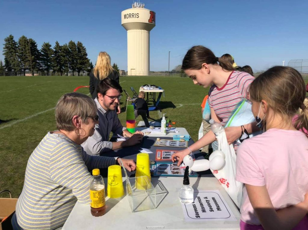 outdoor registration table for fair